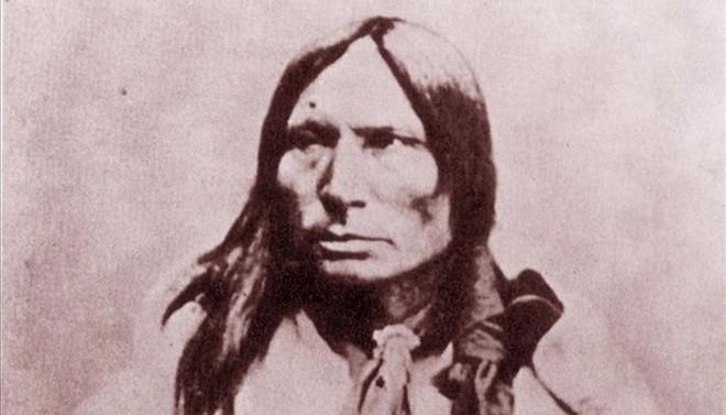 El sioux oglala Caballo Loco, primo de Alce Negro.
